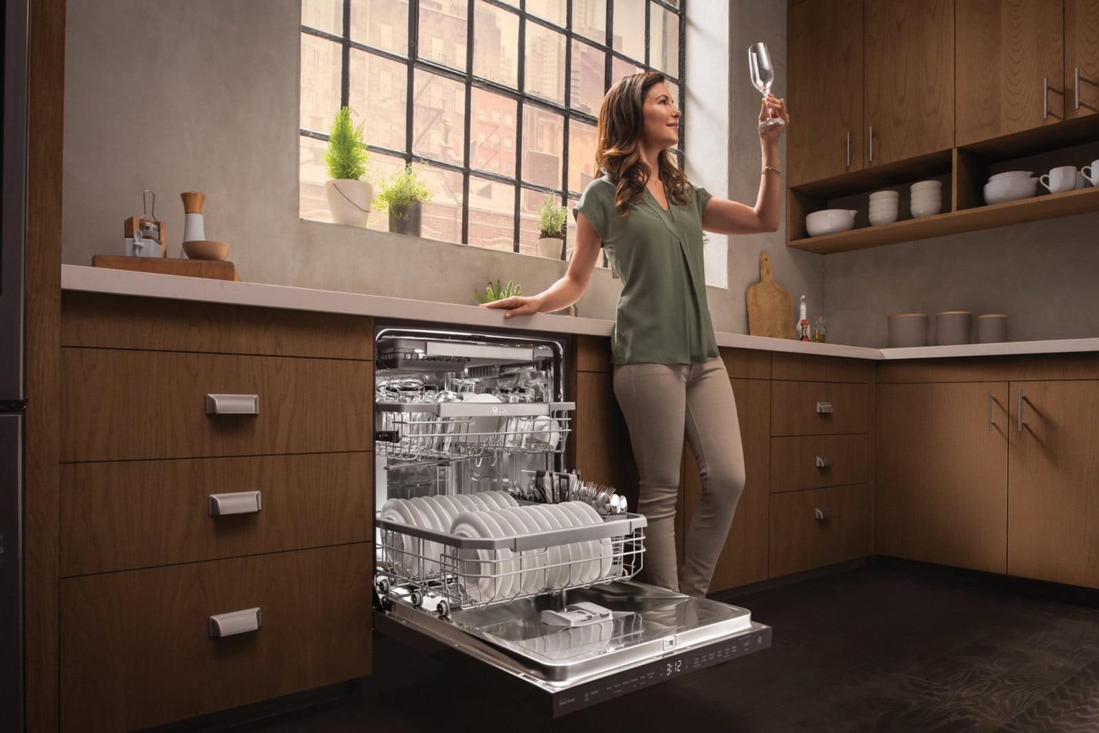 [تصویر:  lg-dishwasher-1.jpg]